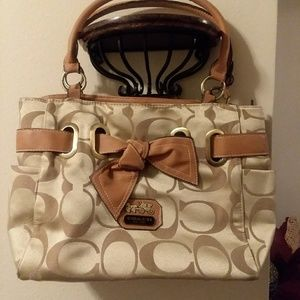 Ladies Coach Satchel
